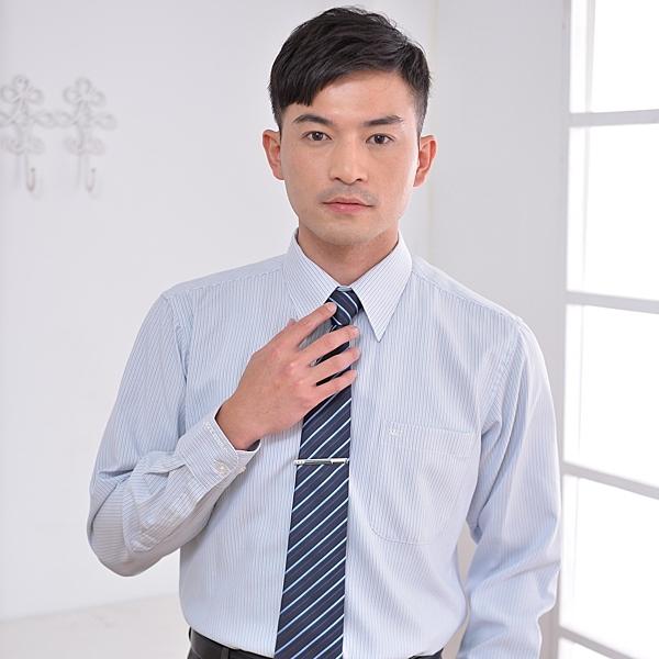 更改商標中,庫存售完為止【S-31-3】時尚流行辦公室 淺灰色條紋 男長袖襯衫