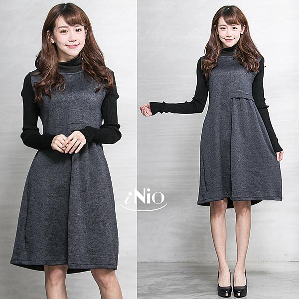 雙色拼接假兩件式立體剪裁高領洋裝連衣裙(S-L適穿)-現貨快出【C6W3036】 iNio 衣著美學
