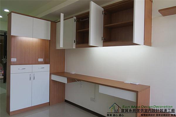 系統家具/台中系統家具/系統櫃/台中室內設計/台中木工裝潢/台中系統傢俱/系統雙面櫃-sm0323