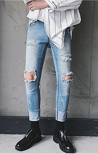 找到自己 品牌 男士修身牛仔褲 膝蓋大破洞腳口毛邊九分牛仔褲