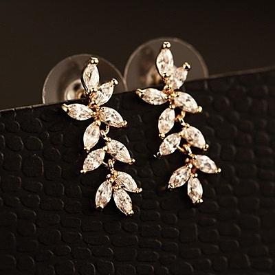 耳環 玫瑰金純銀鑲鑽-華麗大方生日情人節禮物女飾品73ca217【時尚巴黎】