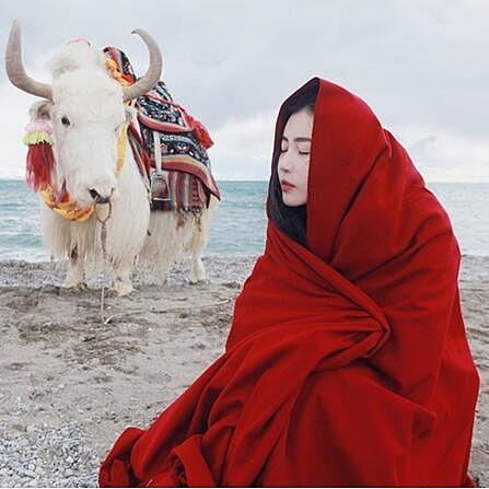 [超豐國際]秋冬季復古紅色民族風圍巾女超大加厚保暖長款兩用圍1入