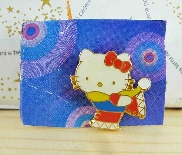 【震撼精品百貨】Hello Kitty 凱蒂貓~KITTY造型徽章-滑雪