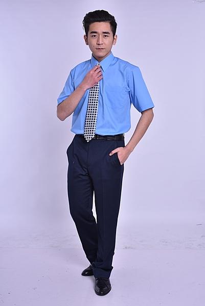 更改商標中,庫存售完為止【LD-903】經典辦公室 (天空藍) 男短袖襯衫