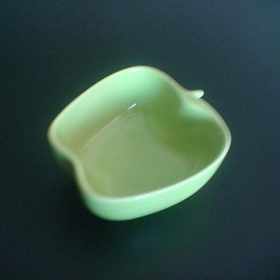 彩瓷蘋果造型碟子(綠色-100ml)/陶瓷器皿