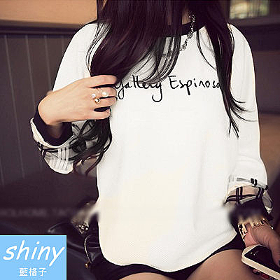 【V0241-3】shiny藍格子-瑕疵特賣.刺繡英文字母圓領拼接長袖T恤