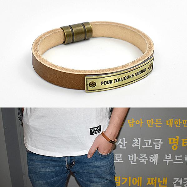 皮手環 潮男風鐵牌咖色真皮手鍊NAK23