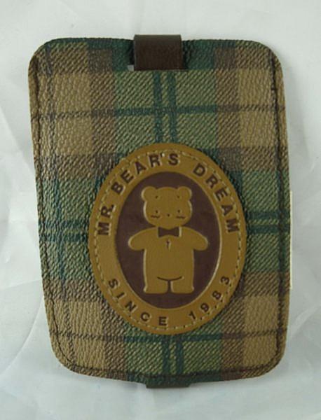 【震撼精品百貨】M.B.D.CLUB_泰迪熊 ~ 皮製證件套『格紋』