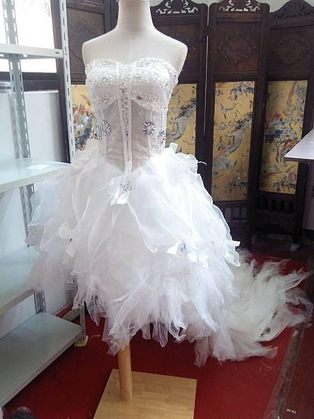 (45 Design) 訂做款式7天到貨 奢華鑽石韓版抹胸前短後長拖尾綁帶羽毛婚紗禮服