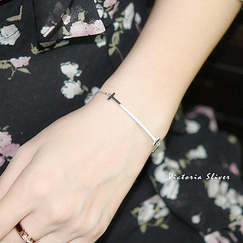S925銀 優雅氣質甜心女孩微笑手鍊-維多利亞1808125