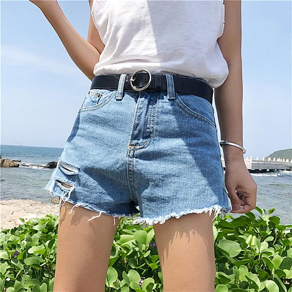 [超豐國際]夏季女裝百搭撕邊破洞小開叉牛仔褲顯瘦休閑短褲學生1入
