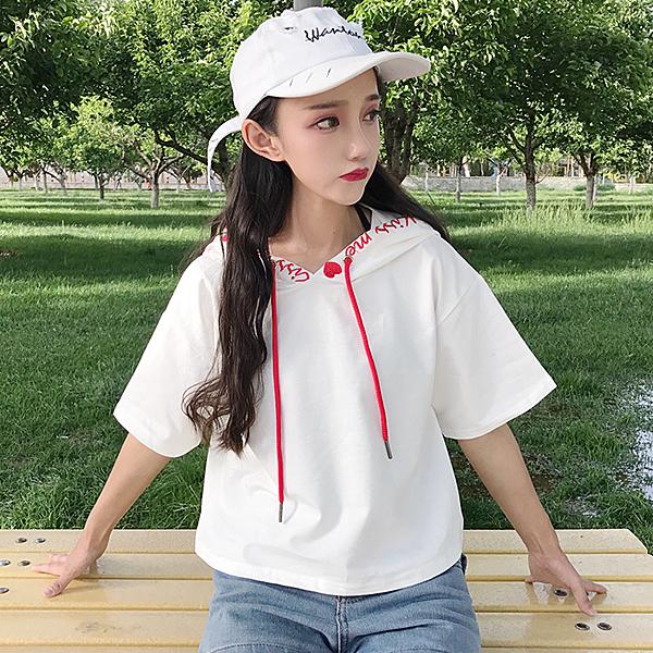 [超豐國際]夏季寬松顯瘦百搭短款學生短袖T恤字母刺繡連帽休閑1入