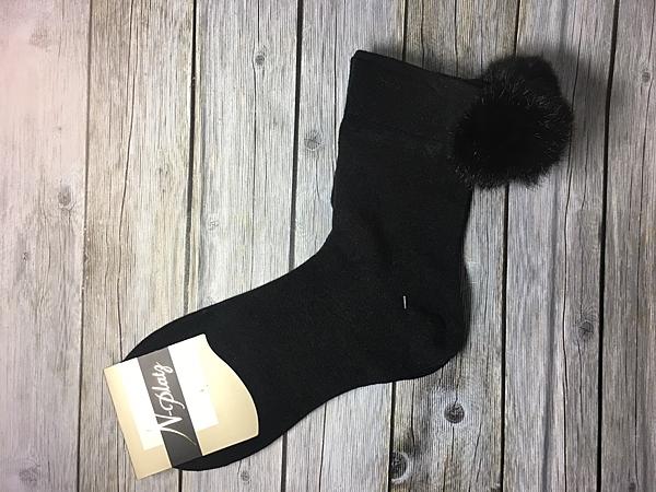 【京之物語】日本帶回NAIGAI可愛毛球黑色女性短襪