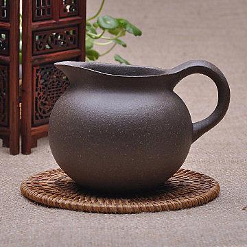 正品宜興紫砂全手工公道杯(老段泥)