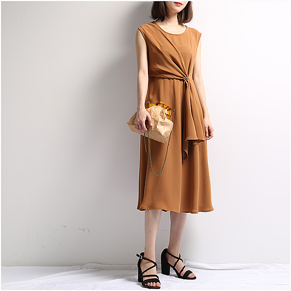 [超豐國際]Z 立體面料收攏裝飾~~無袖 雪紡 中長款連衣裙