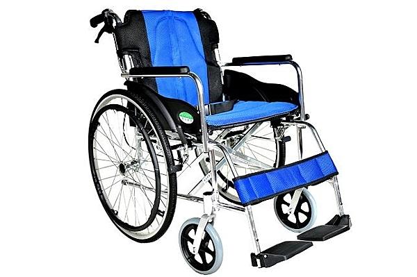 輪椅B款 / 鋁合金輪椅- (大輪背可折)// YC-868LAJ