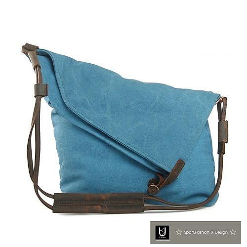 【US.STYLE】文藝復古學院風帆布側背包(深邃藍)