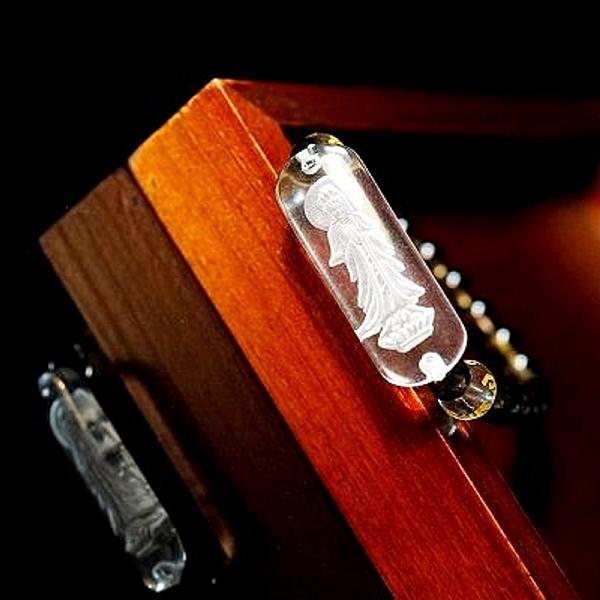 【喨喨飾品】合掌觀音白水晶/六字大明咒 /茶水晶 開運平安。A615