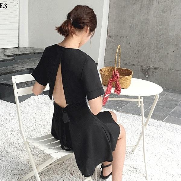 [超豐國際]夏季女裝后背鏤空短袖連衣裙女蝴蝶結收腰V領A字黑1入