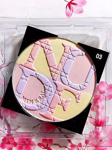 Dior迪奧輕透光礦物蜜粉餅 #03(糖果之戀) 明亮潤色蜜粉 ☆全新百貨專櫃貨
