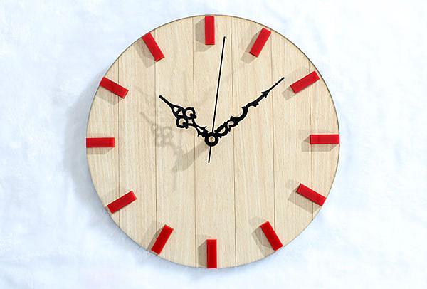 簡約木紋鐘臥室客廳掛鐘