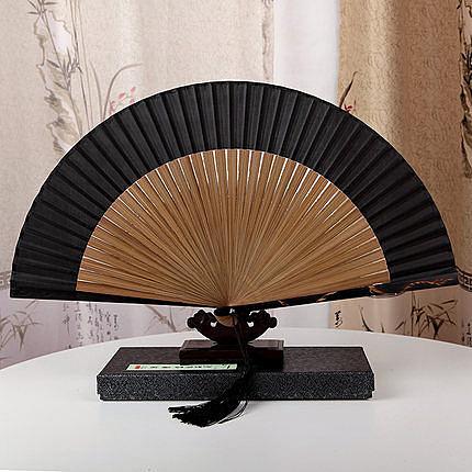 絲藝堂7寸真絲雕刻龍日式折扇