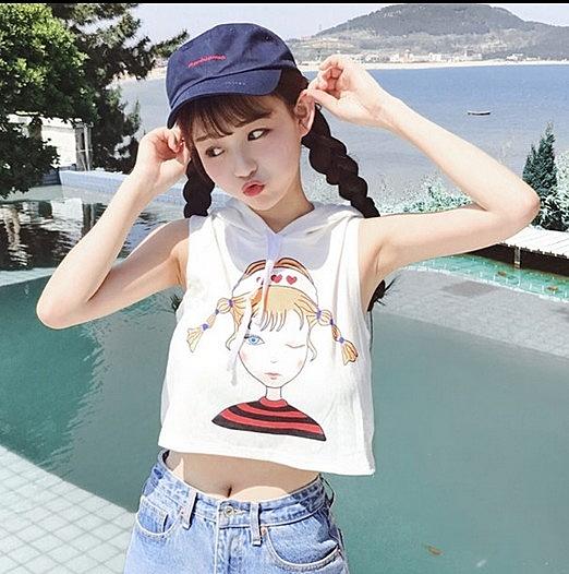[超豐國際]夏裝體恤印花無袖連帽上衣學生修身顯瘦短款露臍T恤1入