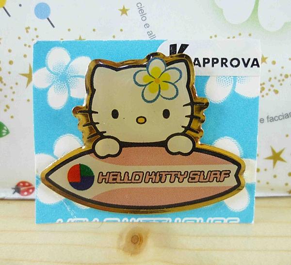 【震撼精品百貨】Hello Kitty 凱蒂貓~KITTY造型徽章-衝浪板