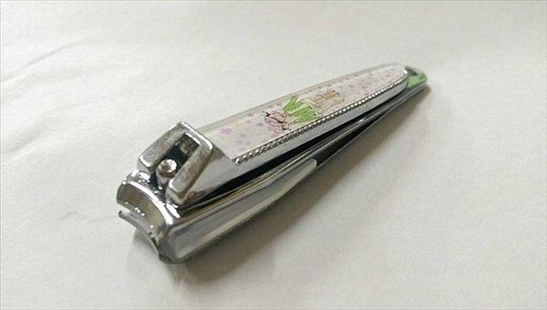台灣製造 小指甲剪挫刀 長約6.5公分(不挑色出貨)~指甲剪 挫刀《八八八e網購
