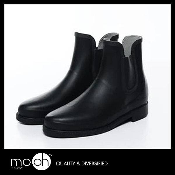 歐美素面鬆緊帶短筒男款雨鞋 簡約 時尚 個性 防水 橡膠 雨靴 mo.oh (歐美鞋款)