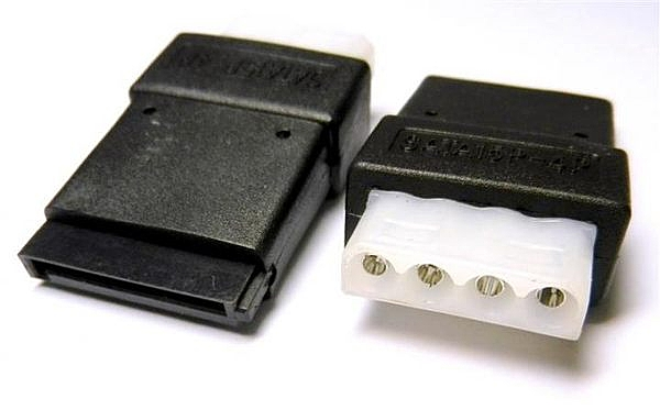 [富廉網]  PW-79 大4P母轉SATA母電源轉接頭