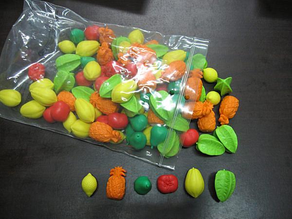 【台灣製USL遊思樂】軟質鳳梨水果組模型(6形,6色,96pcs) / 袋