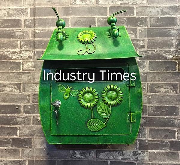 [協貿國際]美式鄉村復古創意信箱壁飾綠色1入