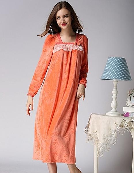 [協貿國際]秋冬超柔珍珠絨甜美可愛長袖睡裙家居服