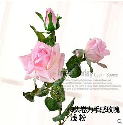 三頭仿真裝飾花(圖一)