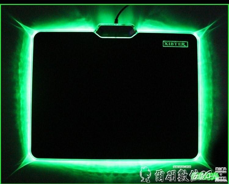 滑鼠墊 髮光滑鼠墊子LED七彩硬質游戲網吧滑鼠墊鎖邊