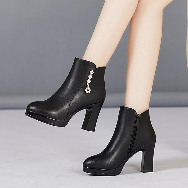 馬丁靴女短靴2020年新款秋冬季百搭高跟鞋拉鍊黑色短筒粗跟靴子女