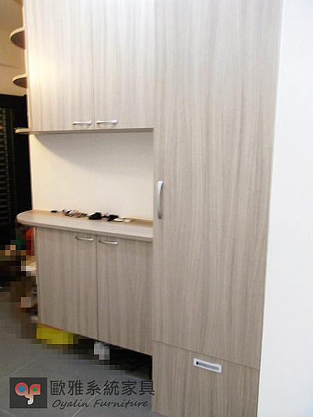 【歐雅 系統家具 】木門玄關鞋櫃