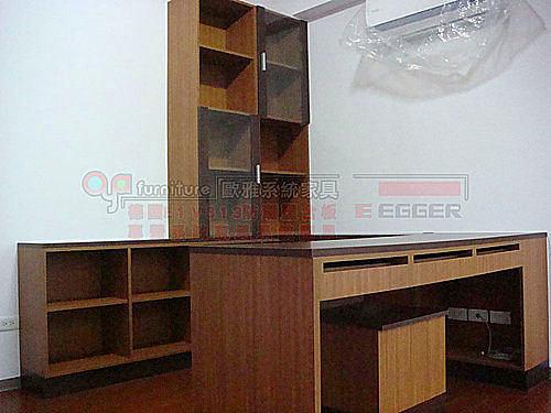 【歐雅系統家具】書房 H框玻璃書櫃 書桌
