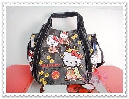 ♥小花花日本精品♥ Hello Kitty 手提袋 手提包 收納袋 肩背手提袋 附背帶 站姿 和服造型 (預購)