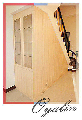 【歐雅系統家具】梯下收納櫃 H框玻璃門 樓梯下通道櫃 梯下櫃 畸零空間運用