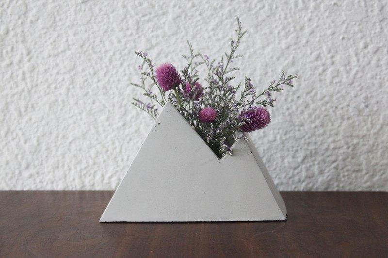 山 | 山型幾何水泥盆器 花器 花瓶 (可加購乾燥花)