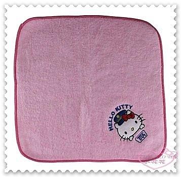 ♥小花花日本精品♥ Hello Kitty 方形毛巾 毛巾 小方巾 童巾 口水巾 手帕 粉色 台灣製 77808905