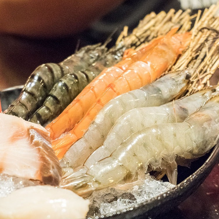 小蒙牛 頂級麻辣養生鍋 吃到飽 豪華套餐券 【蝦幣回饋】