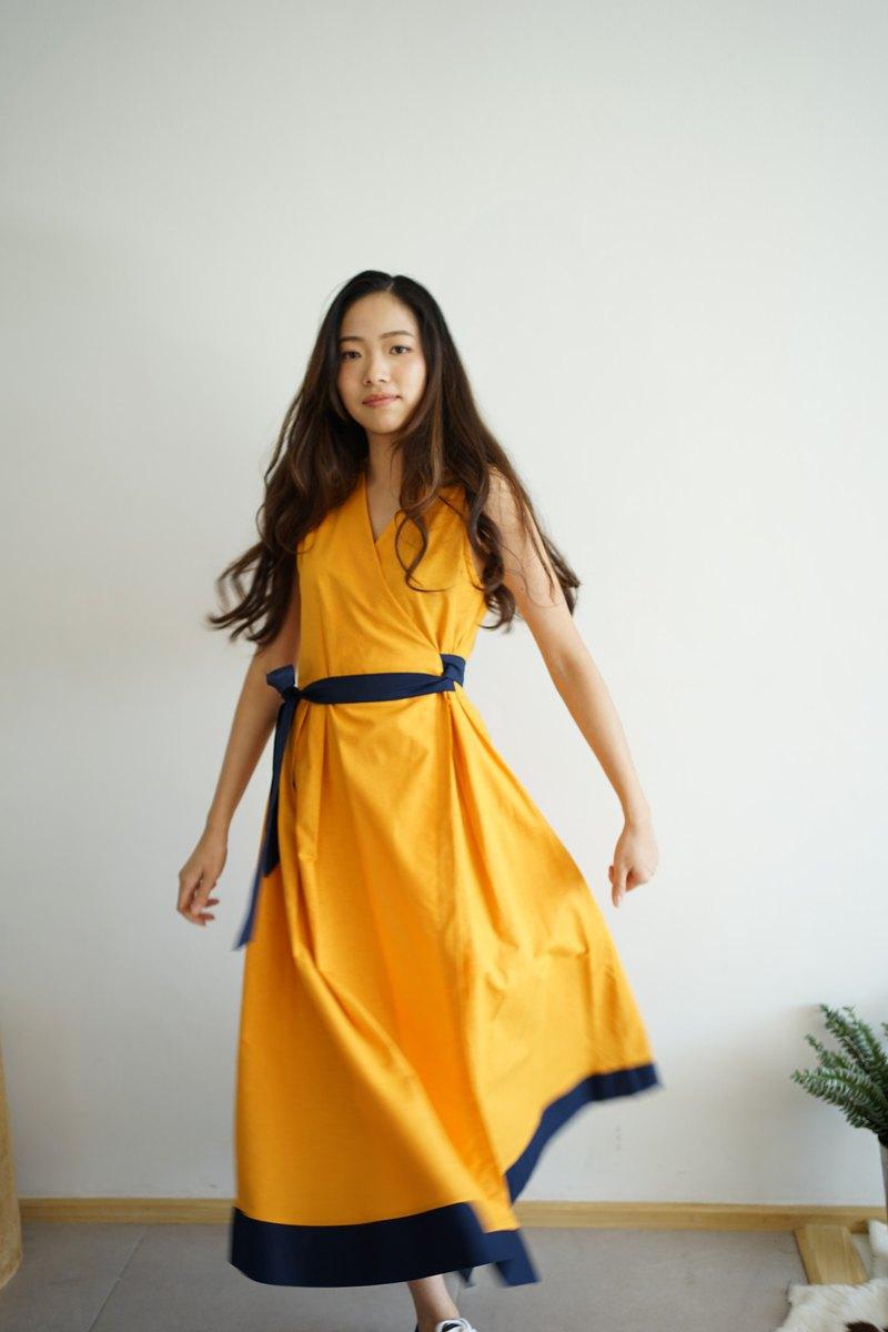 撞色牛津棉無袖綁帶長洋裝 _ LOOKCHAN : 黃色