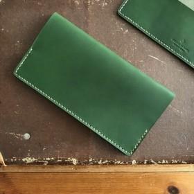 キャッシュレス時代に適した、短い長財布【グリーン】