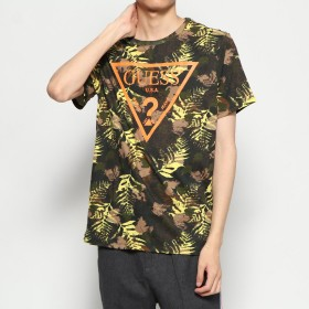 ゲス GUESS LEAVES CAMO TRIANGLE LOGO CREW TEE (GOLDEN LEAF PRINT JET BLACK)