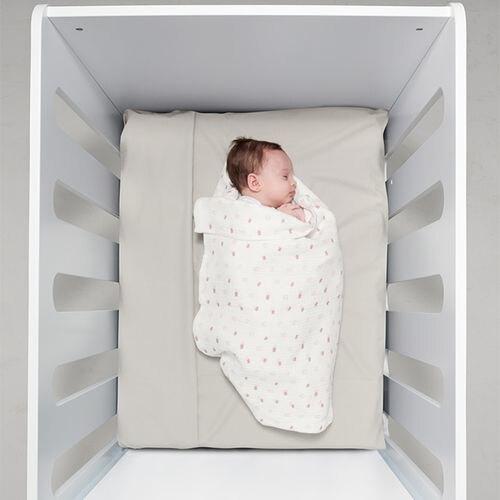 BabyBites 西班牙鯊魚咬一口 嬰兒純棉透氣包巾-粉底朵朵雲★衛立兒生活館★05011778