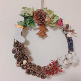 クリスマスリース 天然素材とモチーフのリース