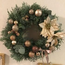 エレガントなクリスマスリース(直径34センチ)